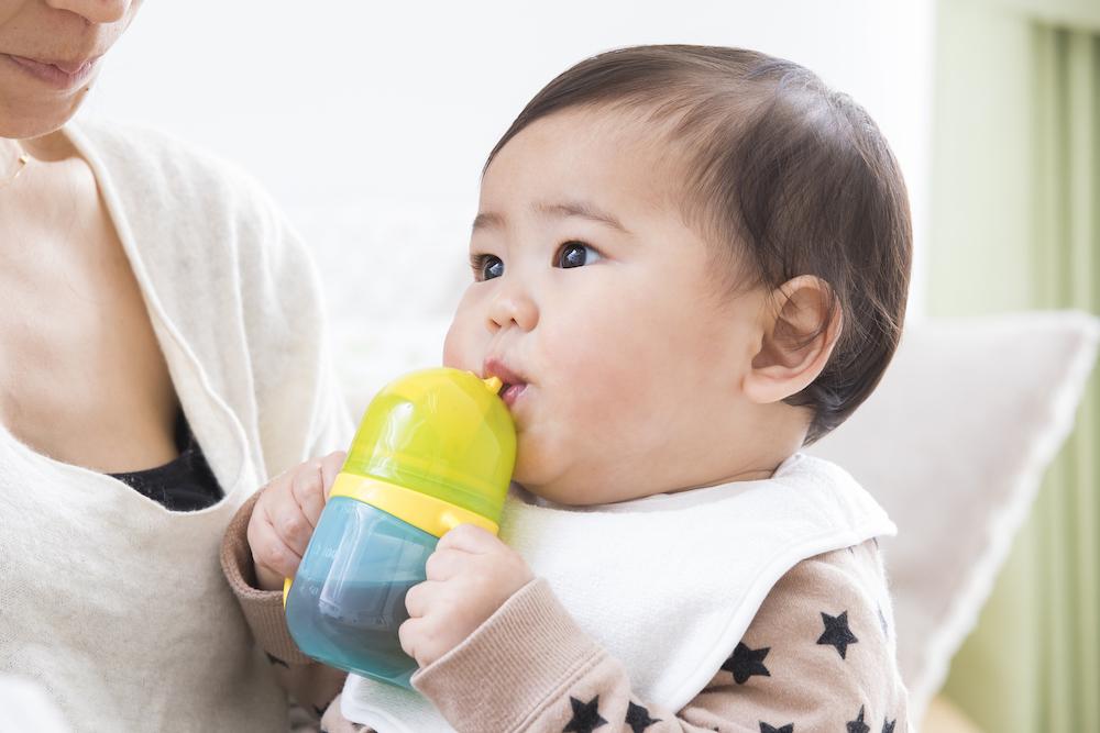 赤ちゃんのストローマグのお手入れ方法は