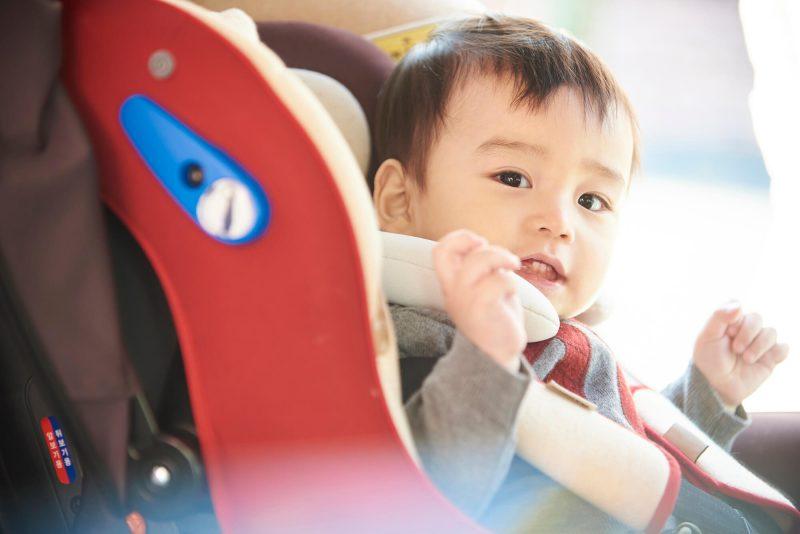 助手席でのチャイルドシート使用の注意点