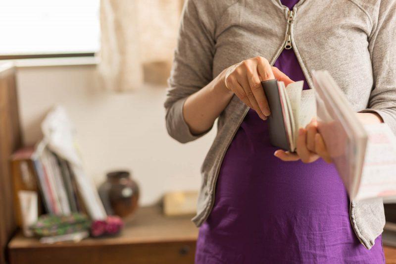 妊娠中の母子手帳ケースの選び方4選