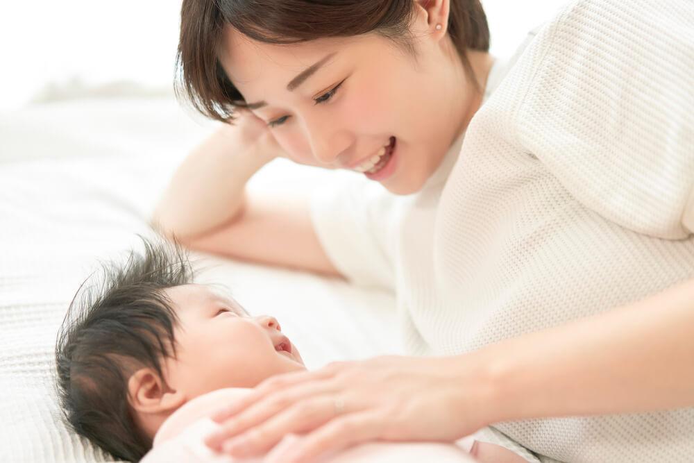 新生児を上手に寝かしつけるコツ
