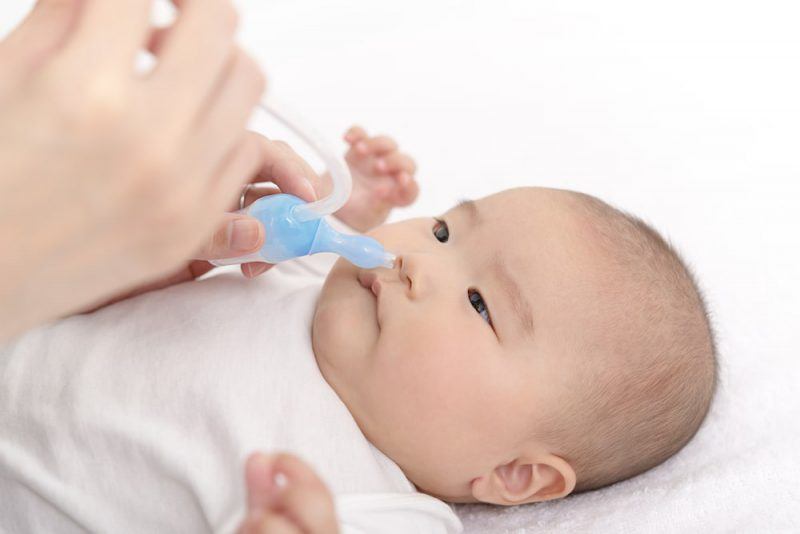 赤ちゃんが風邪!鼻水の対処法
