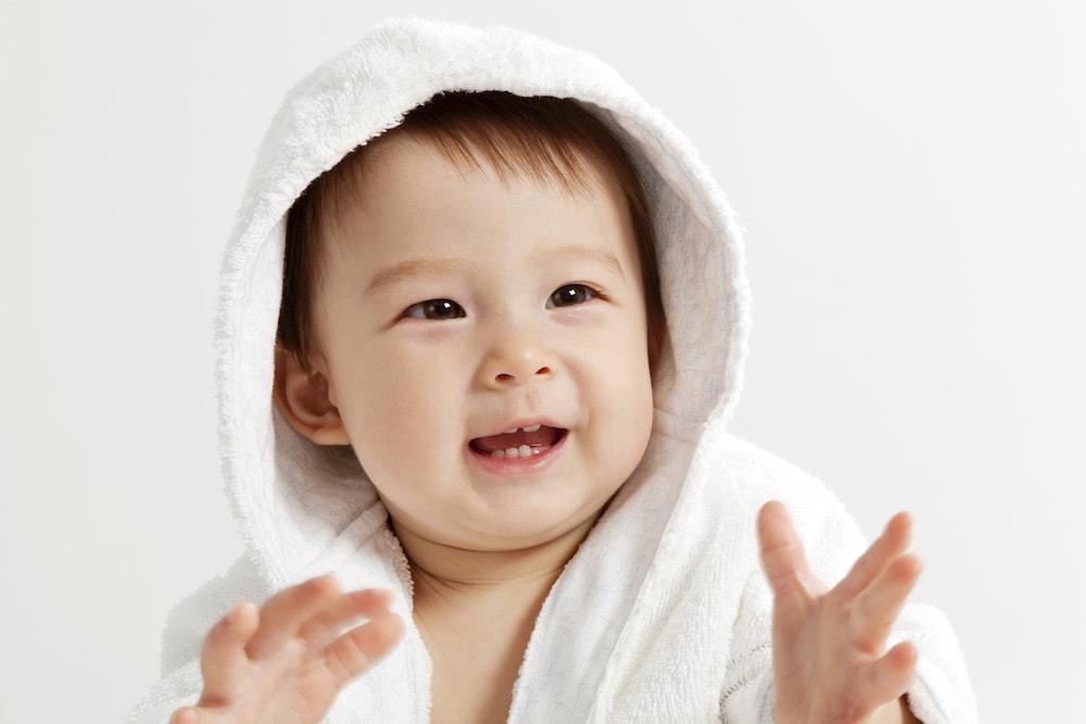 赤ちゃんとのお風呂に便利なバスローブ