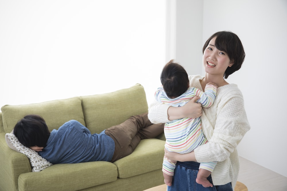 産後育児で増える夫婦の危機とは