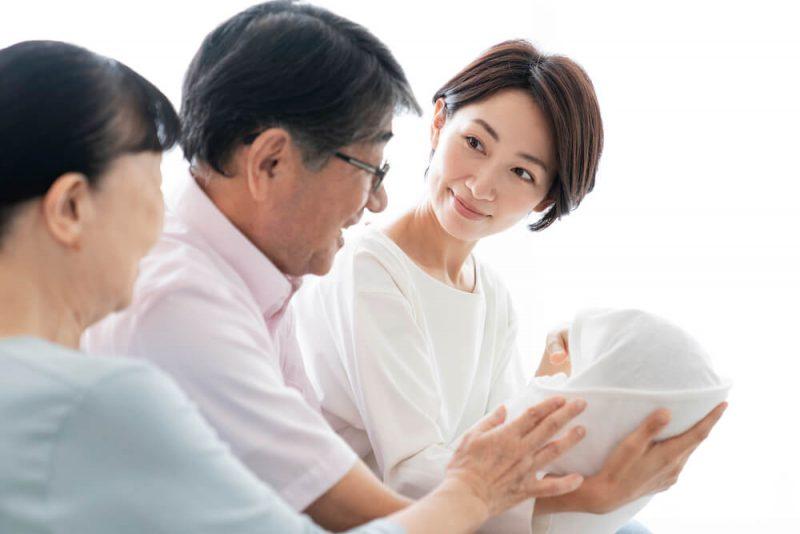 祖父母の育児への口出しはどう対処する?