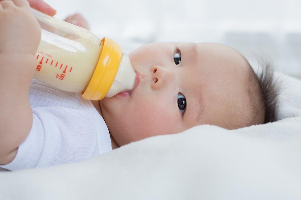 完全ミルク育児のメリットとは
