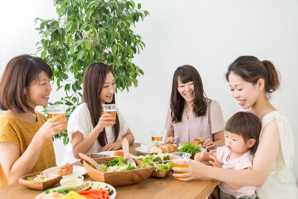 授乳とアルコールの深い関係