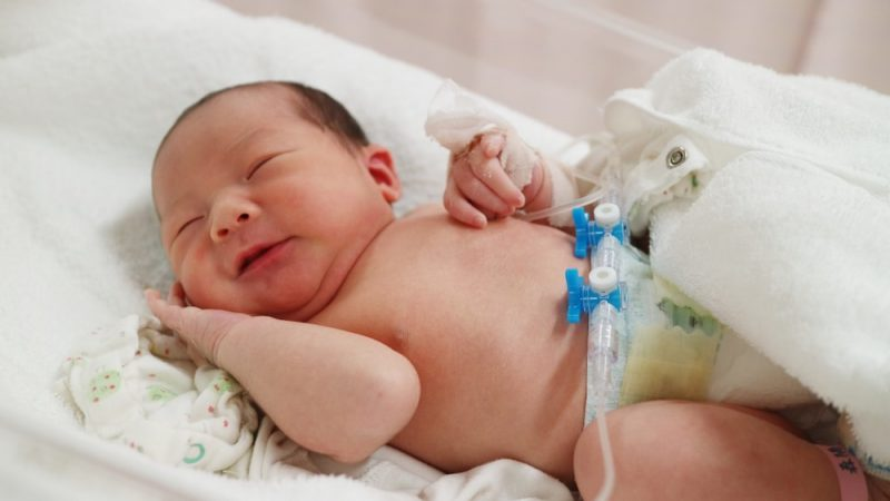 赤ちゃんが受けられる養育医療制度とは