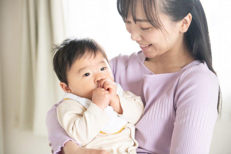 赤ちゃんの成長としゃっくりの関係