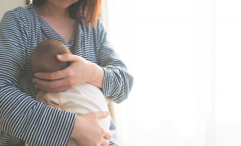 母乳育児のための自律授乳とは