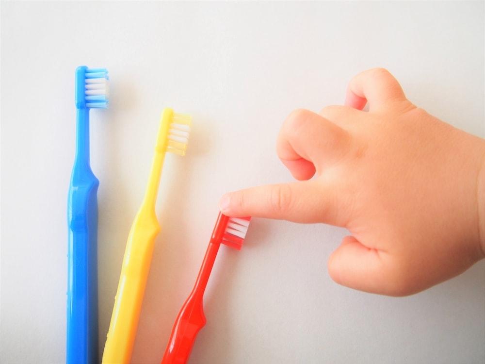 赤ちゃんの歯ブラシの上手な選び方